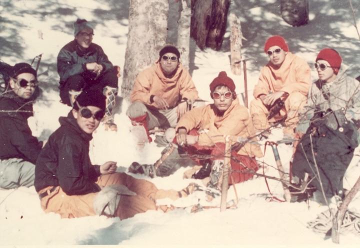 冬山訓練中一服 休憩、右2人目