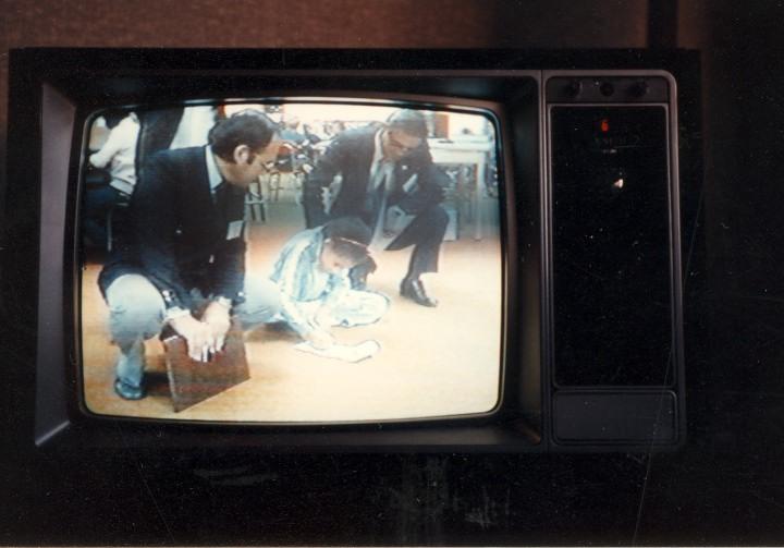 テレビ放映された学校訪問
