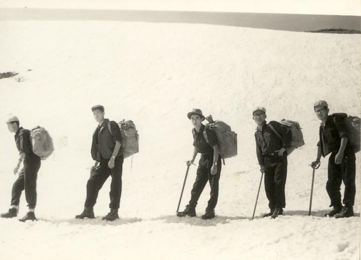 慶大2学年時飯豊連峰縦走・右端 1960年6月