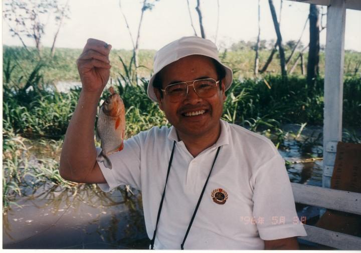 アマゾンでピラニアを釣る