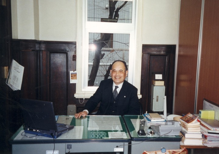 サラリーマン生活の晩年、顧問室で 2003年3月